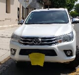 Foto Toyota Hilux 2.8 Cd Srv 177cv 4x2 At